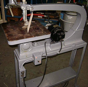 7107-630 Delta 24″ Reciprocating Scroll Saw on Stand