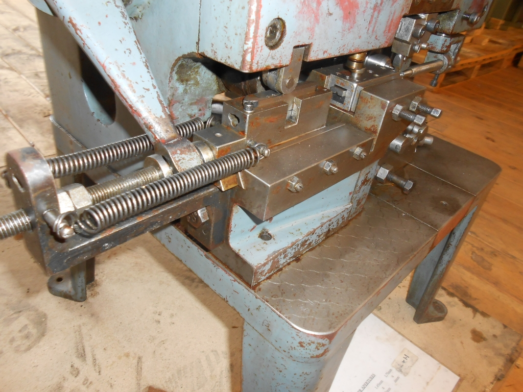 jump ring cutting machine