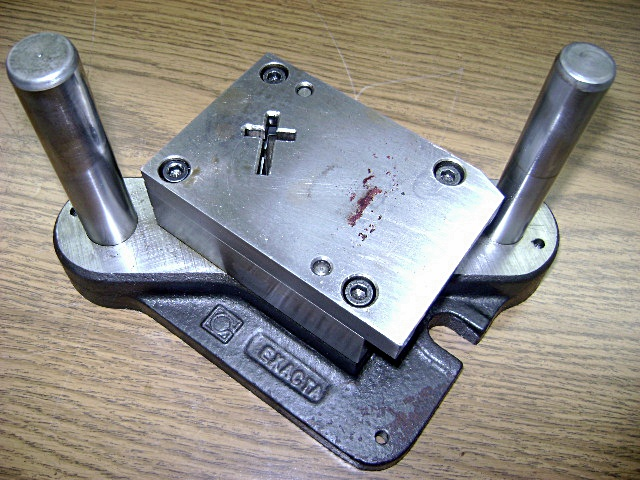 1572 390 stamping press tool and die to make religious for Metal stamping press for jewelry