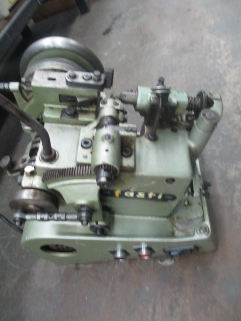 1643-100 Fasti Model GE Single Curb Bench Model Chain Making