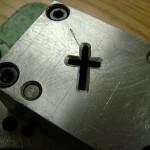 small cross-3