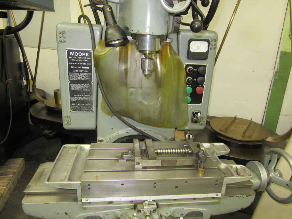 2017 700 Moore 2 Precision Jig Borer 10 X 19 Table Gold