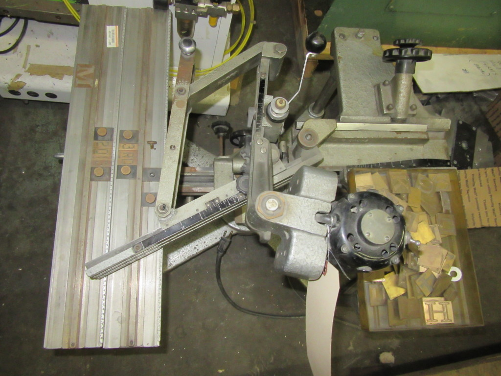 2132 330 New Hermes Pantograph Engraving Machine Model