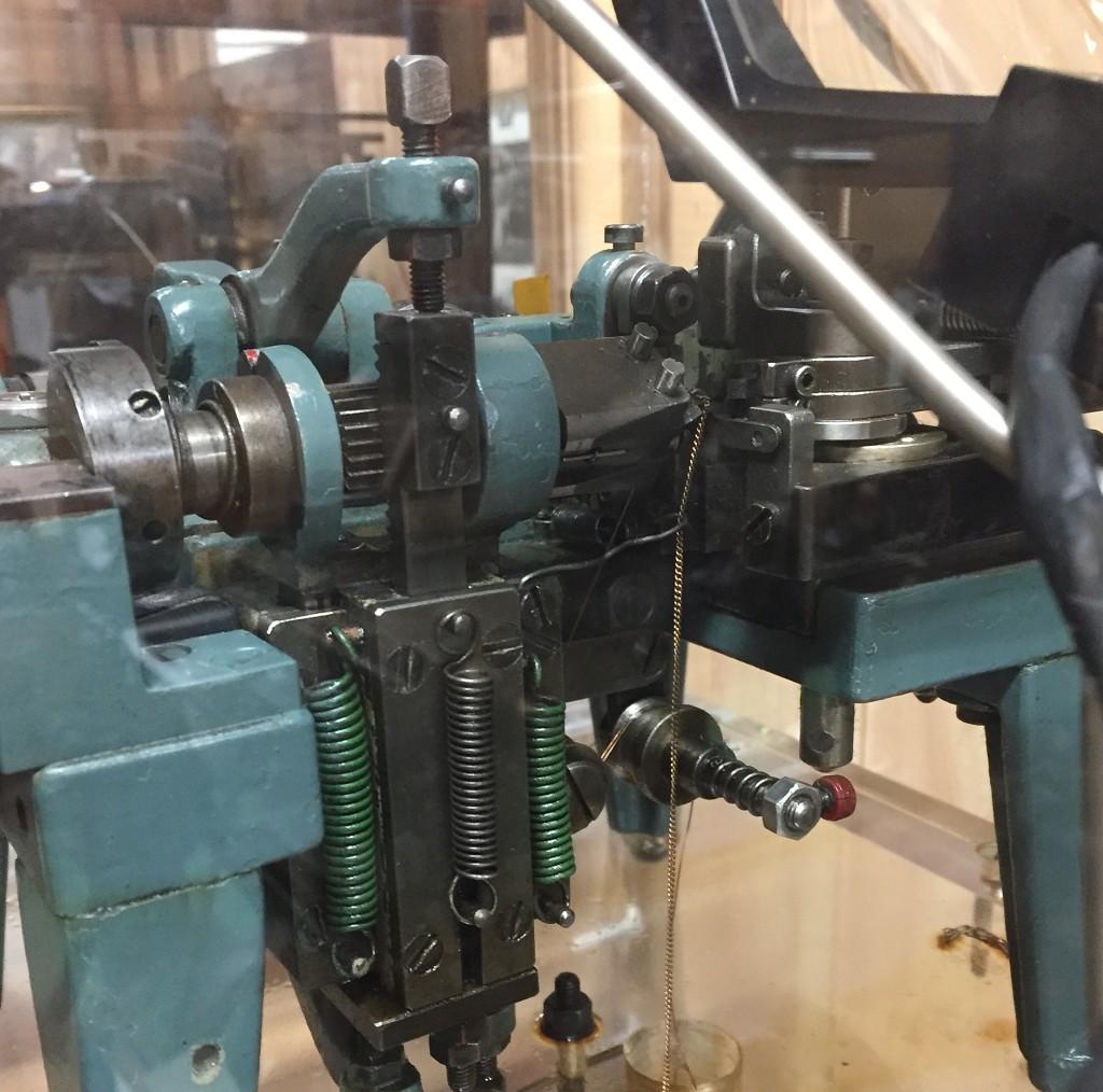 8778-100 ANTIQUE CHAIN MAKING MACHINE – SHOW / EXHIBIT DISPLAY ...